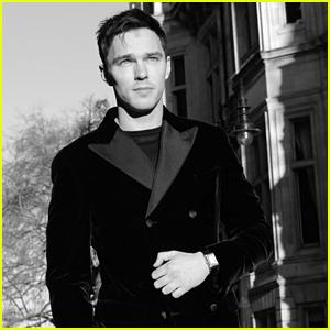 Nicholas Hoult Dresses In Black For Golden Globes 2021