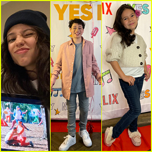 Jenna Ortega, Julian Lerner & More Celebrate 'Yes Day' Virtual Premiere