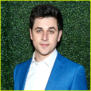 David Henrie Announces New Netflix Series Based Off of a Book!