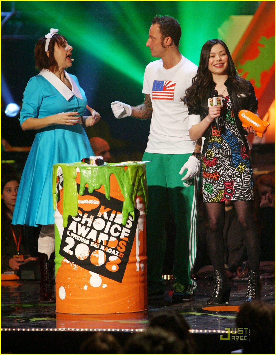 miranda cosgrove kca milan 08
