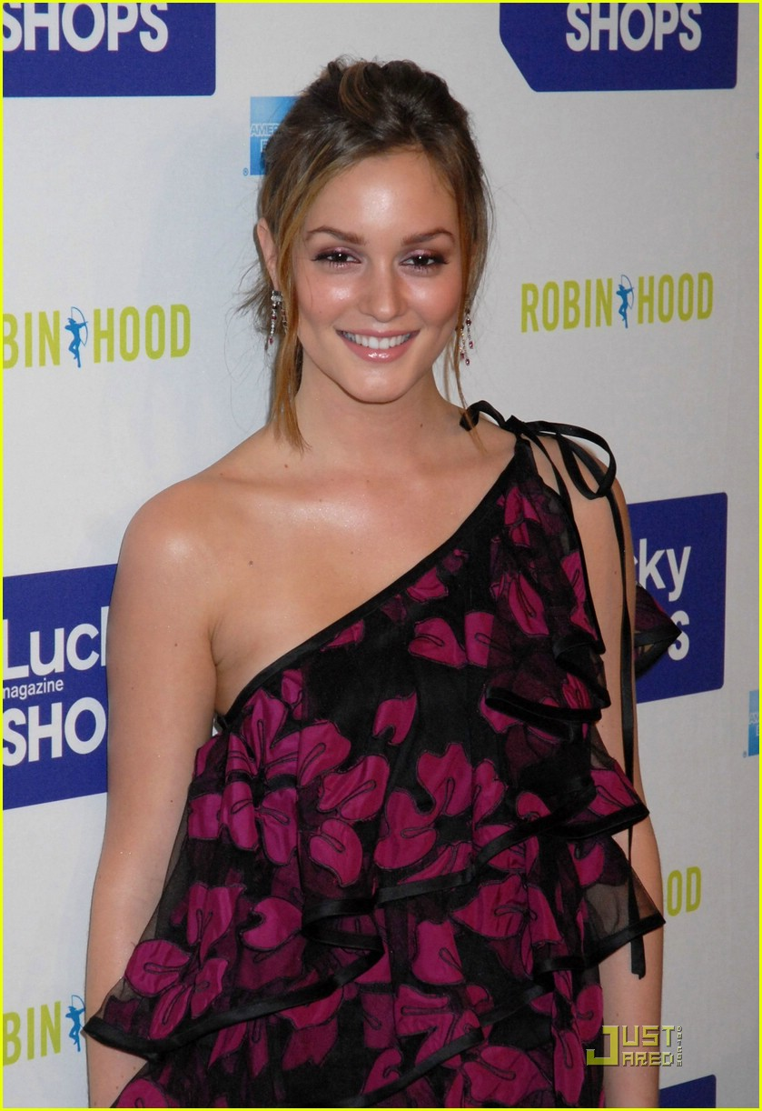 leighton meester lucky shops 15