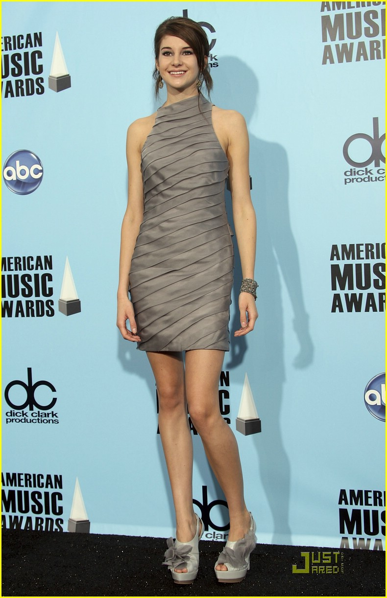 shailene woodley ama awards 02