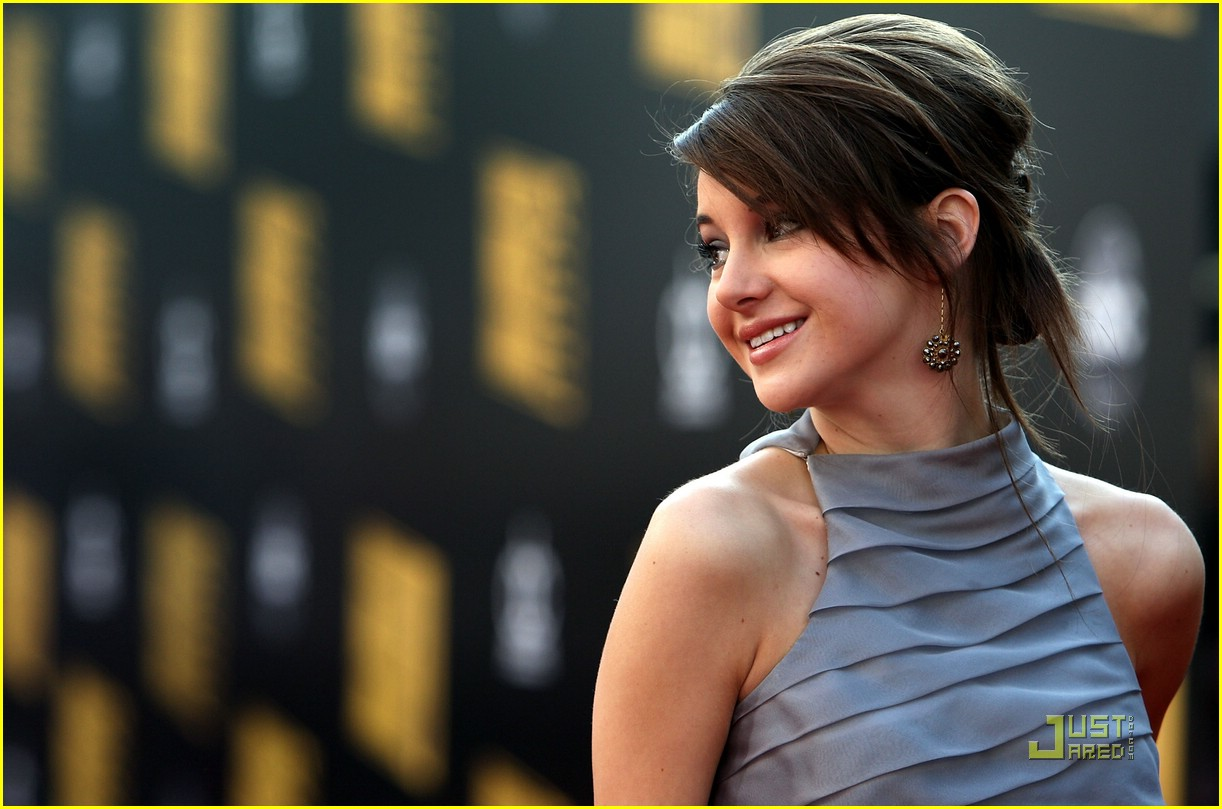 shailene woodley ama awards 10