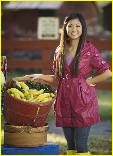 brenda song pass the plate 06
