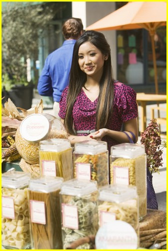 brenda song pass the plate 11