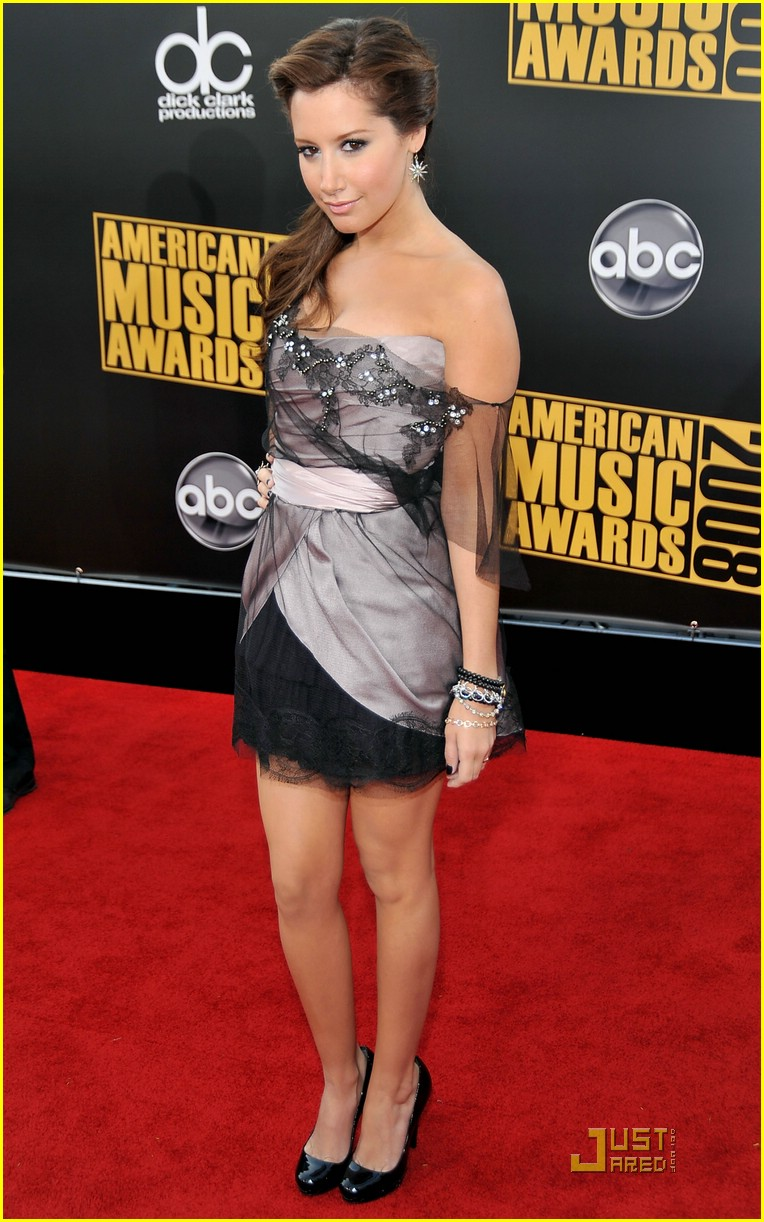 ashley tisdale ama awards 07