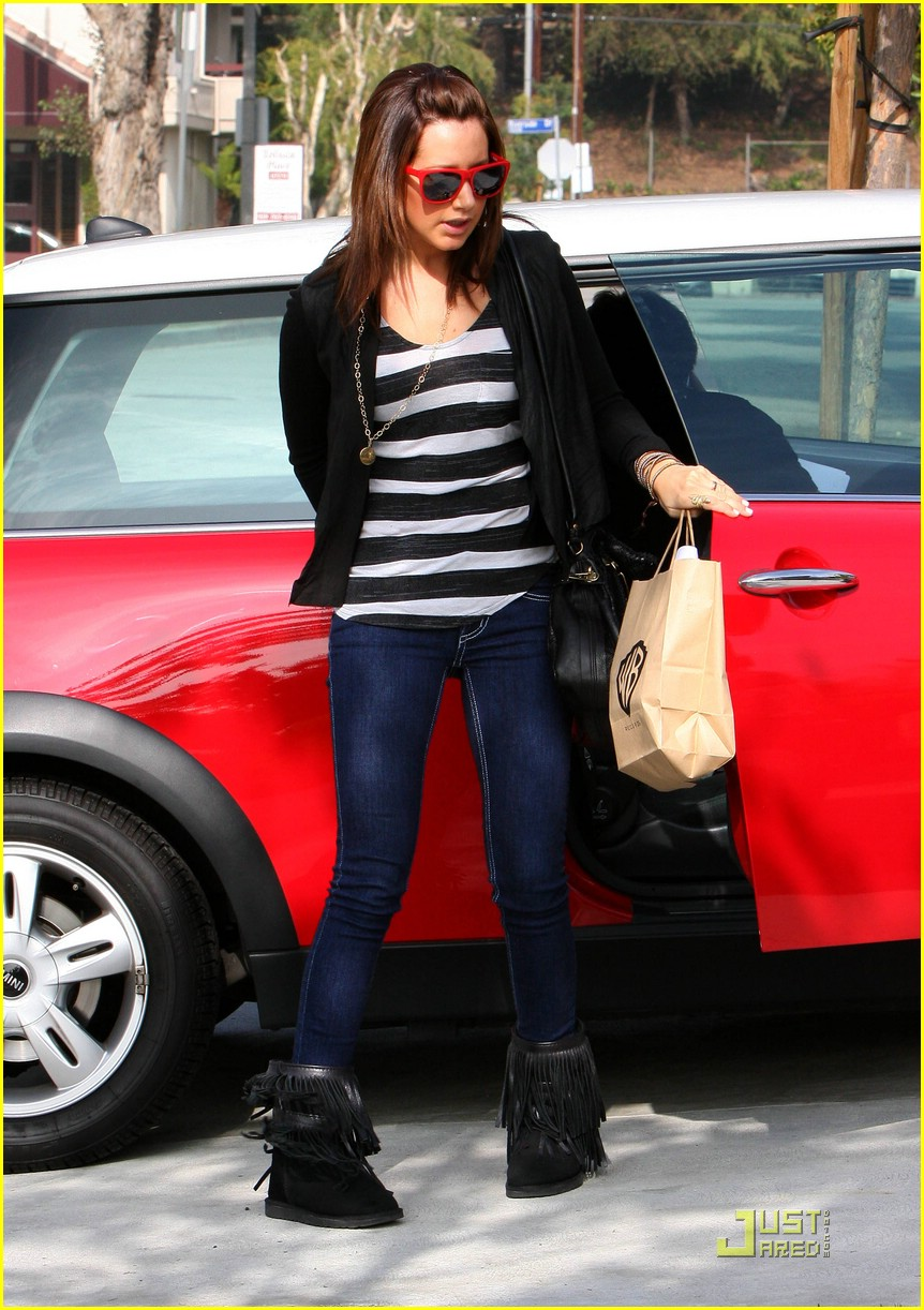 ashley tisdale red sunglasses 10
