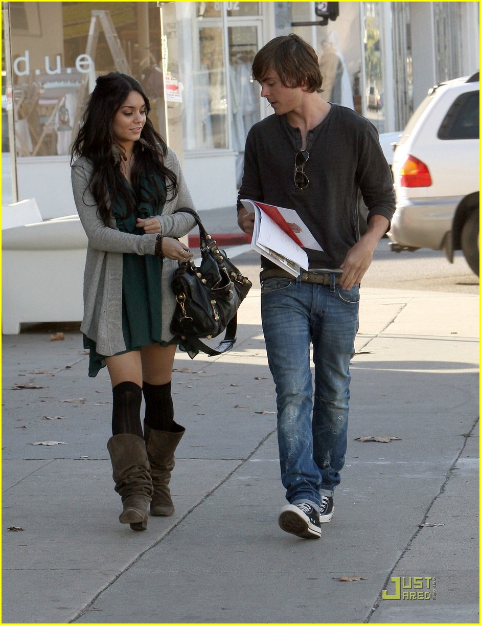 zac efron vanessa hudgens furniture shopping 21
