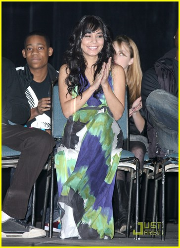 vanessa hudgens environmental awards 07