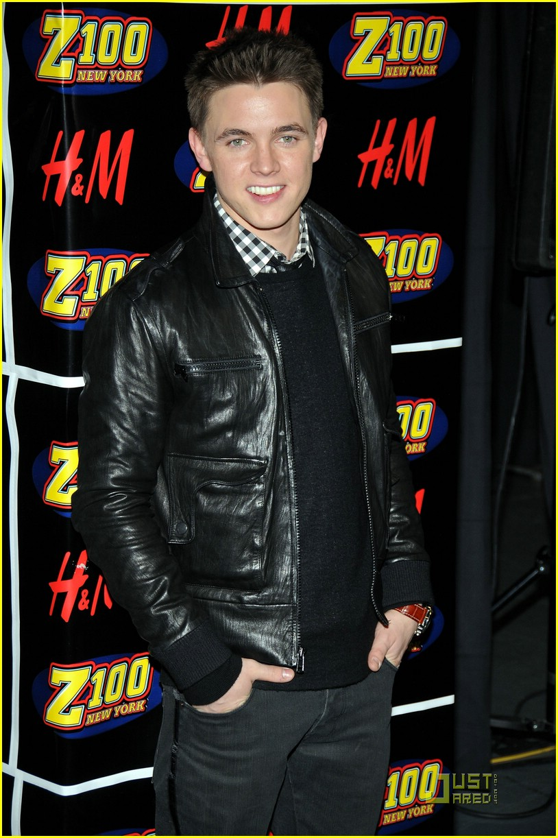 jesse mccartney z100 jingle ball 03