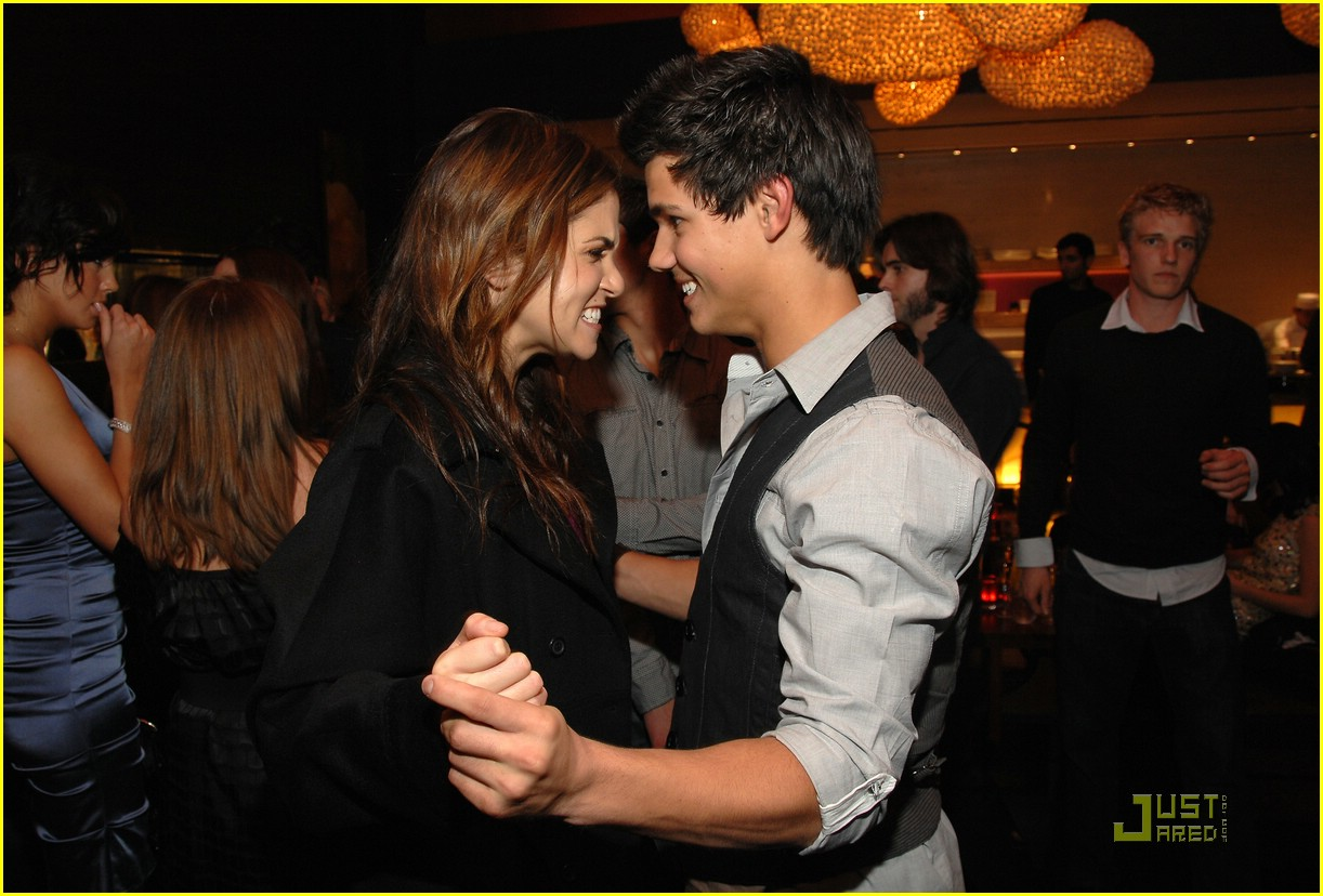 nikki reed taylor lautner salute hollywood 03