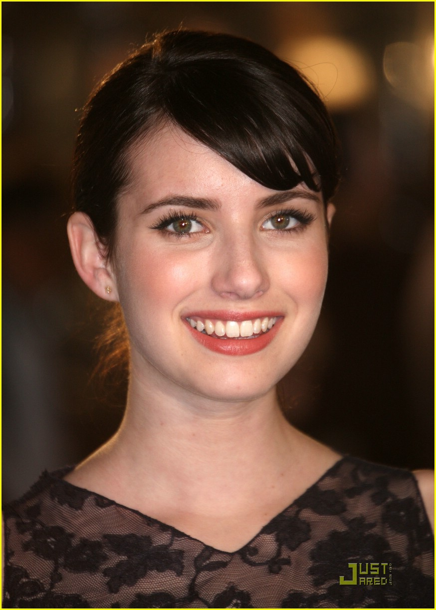 emma roberts benjamin button premiere 07