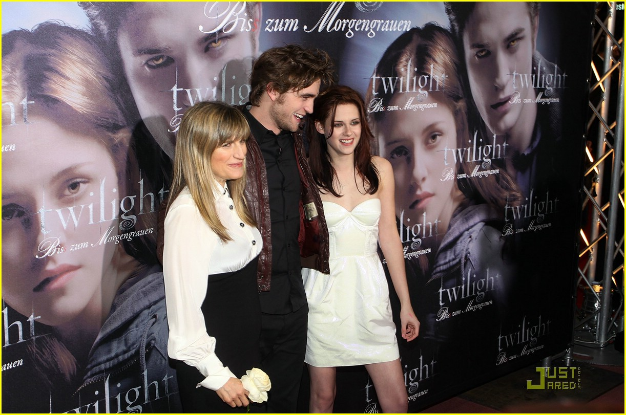 kristen stewart rob pattinson munich twilight 03