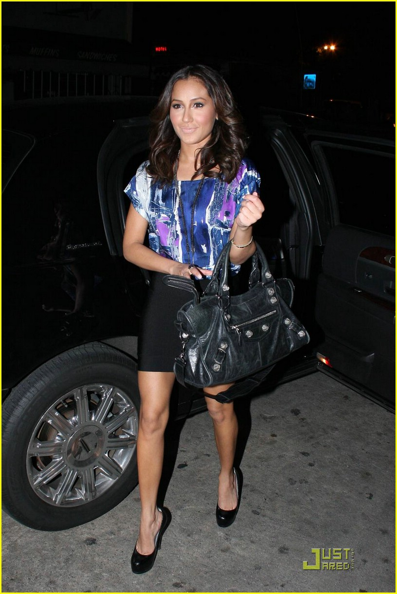 adrienne bailon xbox party 04