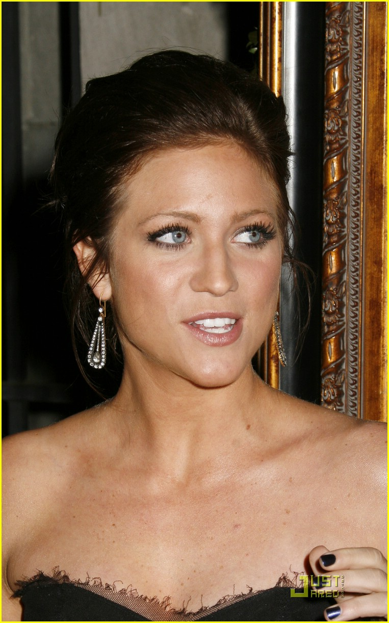 brittany snow art elysium gala 04