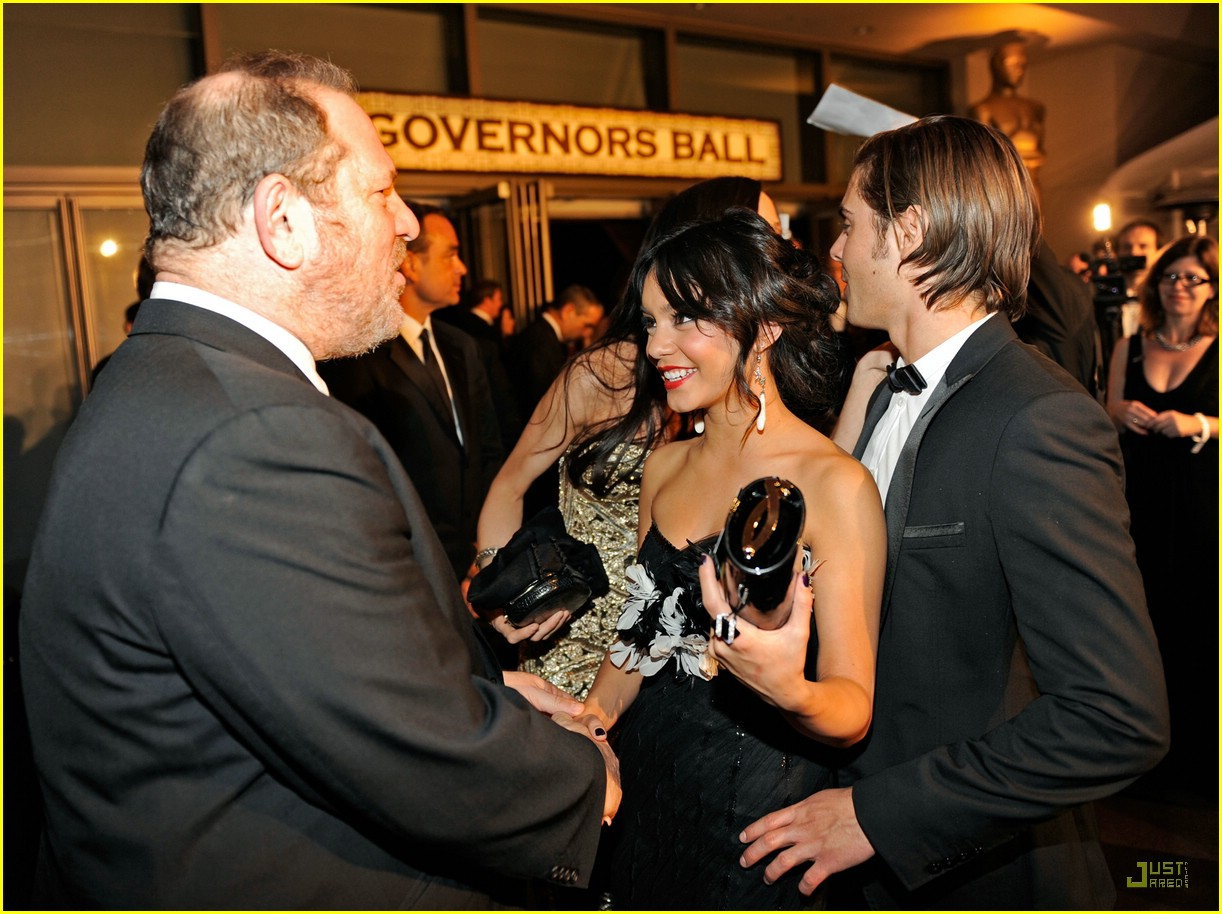 zac efron vanessa hudgens vanity fair party 02