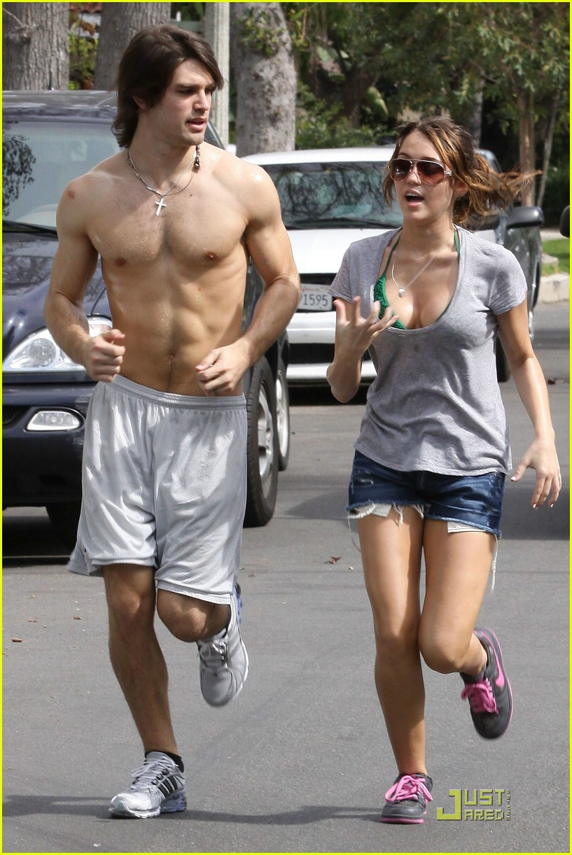 miley cyrus justin gaston running 11