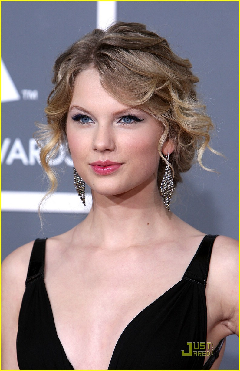 taylor swift grammy awards 13