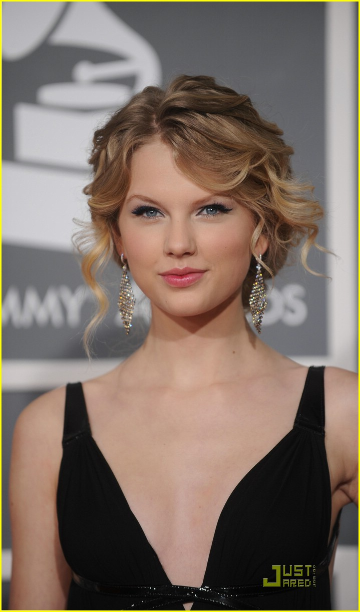 taylor swift grammy awards 17