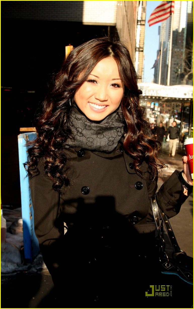 brenda song pix morning show 01