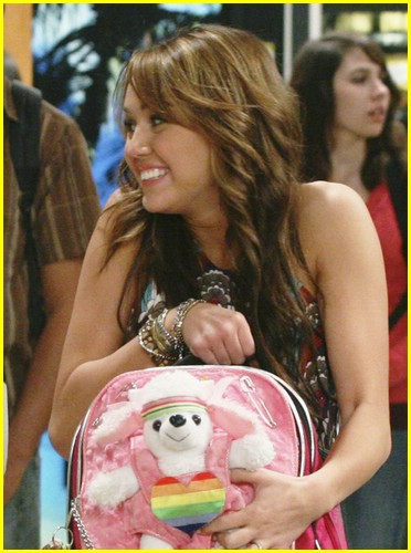 hannah montana lunch bad name 04