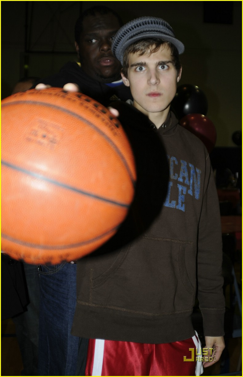 cody linley josh hutcherson hollywood knights 04