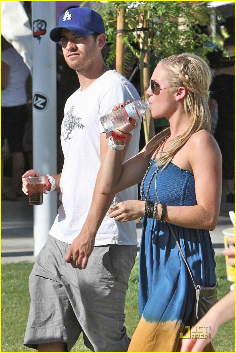 brittany snow coachella music 20