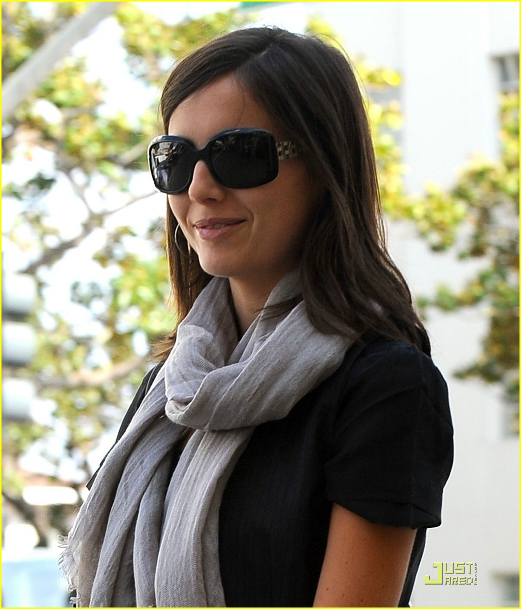 camilla belle beverly hills beauty 03