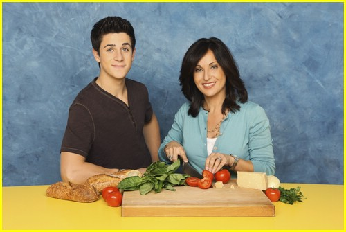 david henrie pamper mom 01