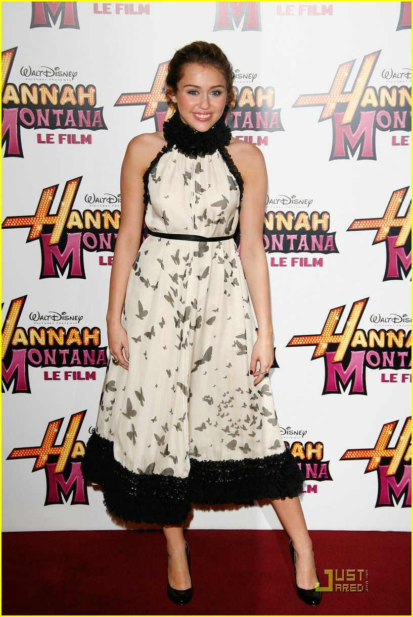 miley cyrus dress neck 15