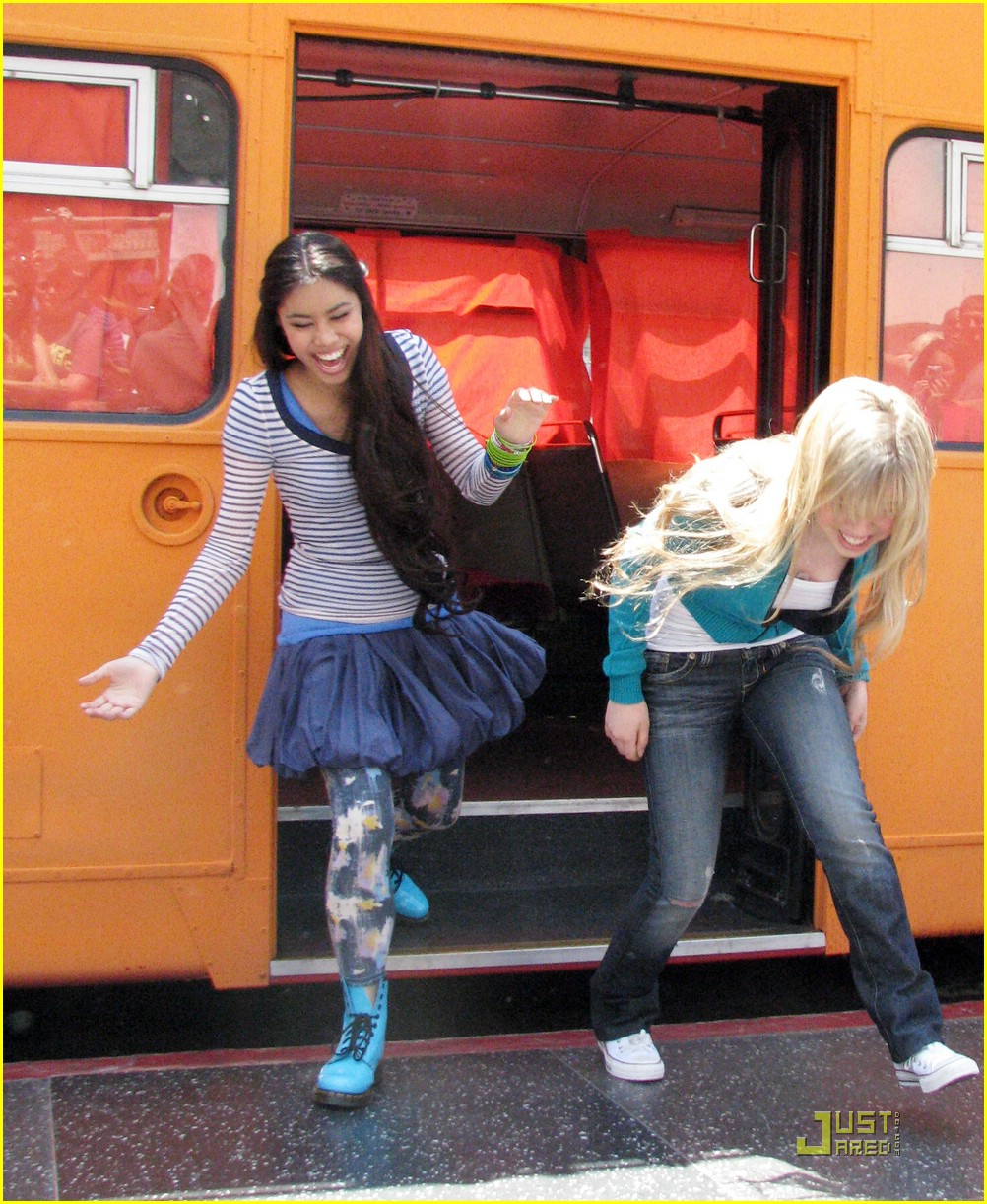 jennette mccurdy ashley argota double troubel 16