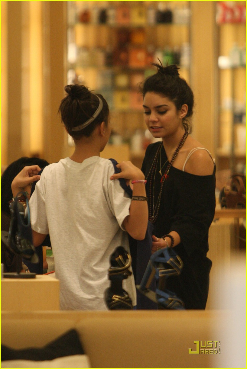 vanessa hudgens shoe shopping barneys 03