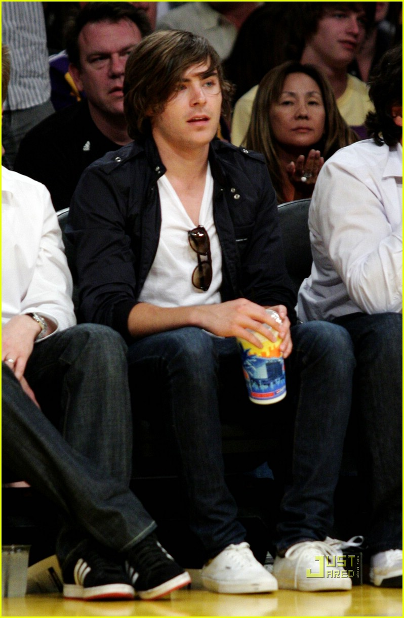 zac efron lakers lover 15