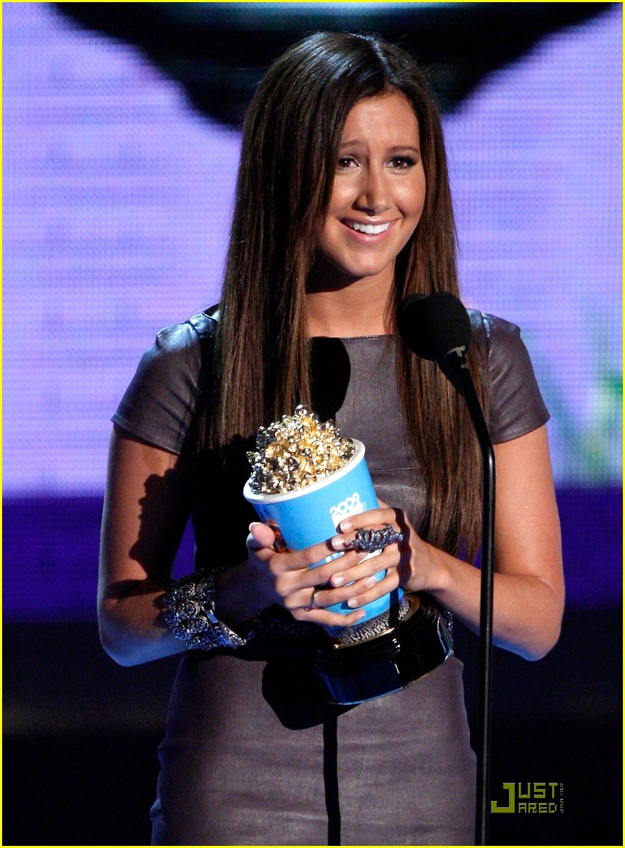ashley tisdale mtv movie awards 19
