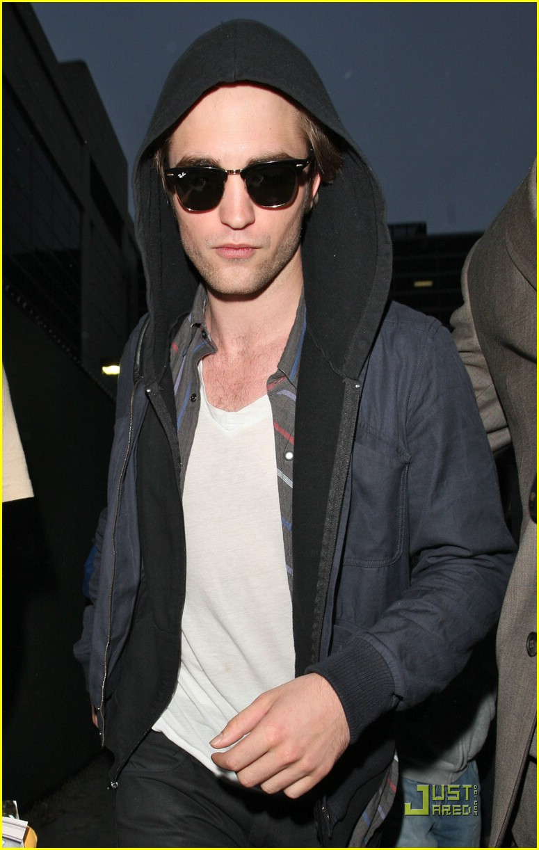 robert pattinson ready mtv 01