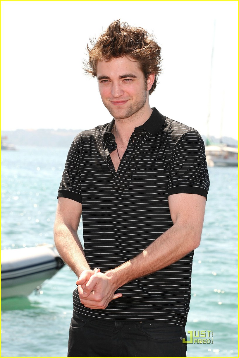 robert pattinson cannes cute 26