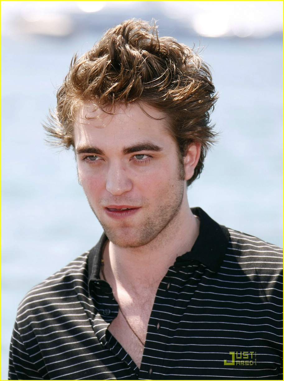 robert pattinson cannes cute 30