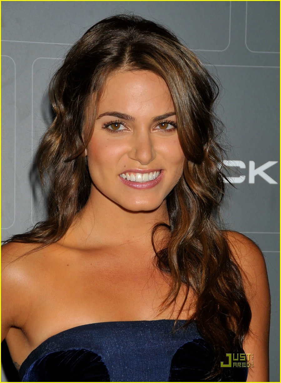 nikki reed t mobile 03
