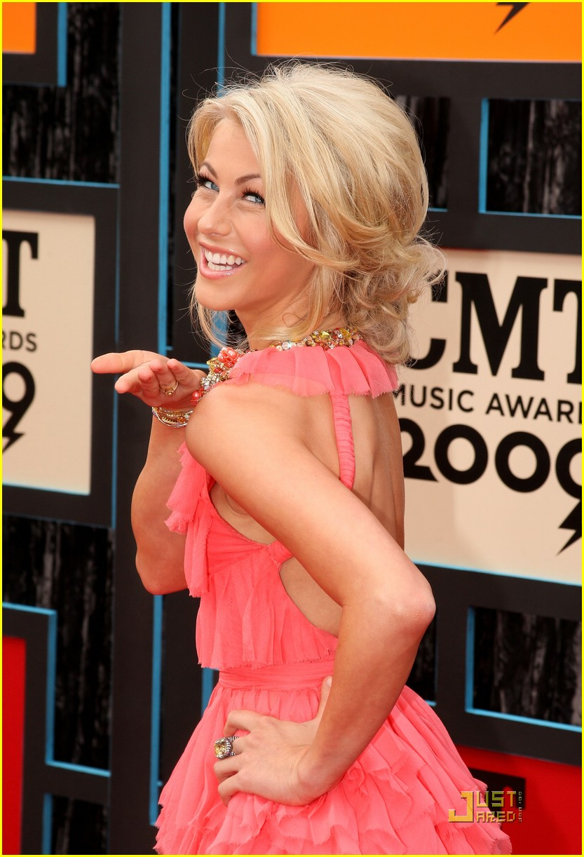 julianne hough cmt music awards 03