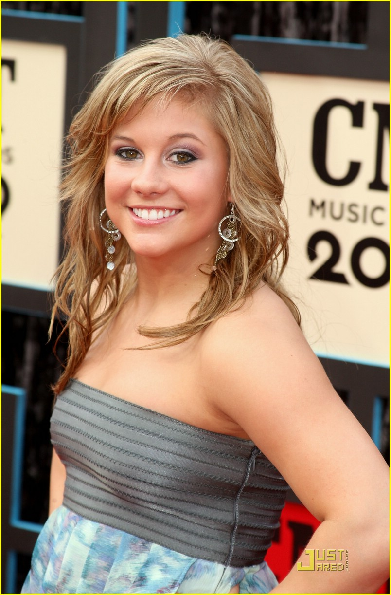 shawn johnson cmt music awards 03