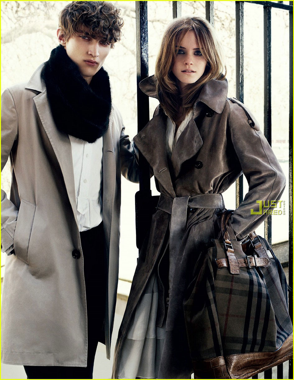 emma watson burberry ads 03