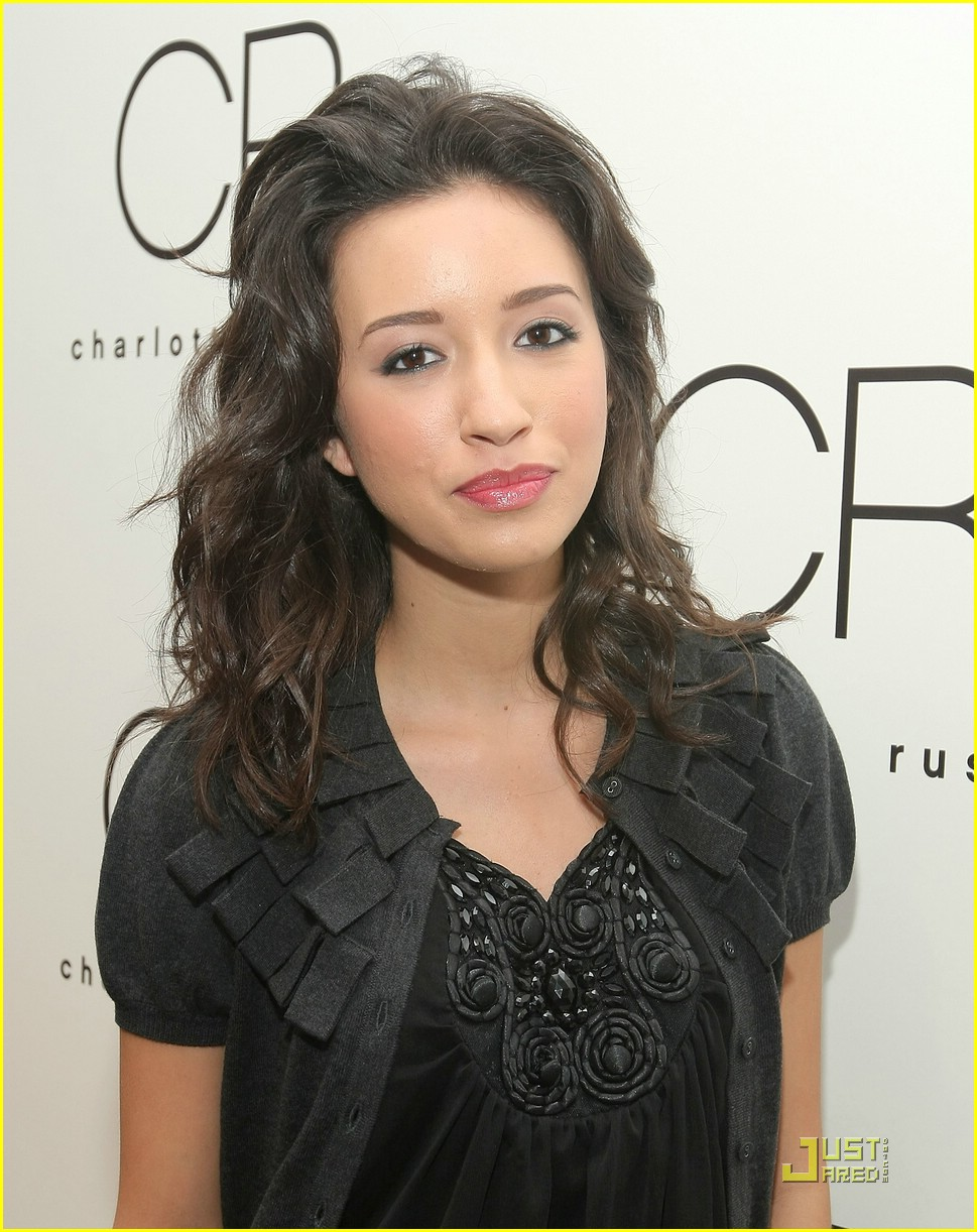 christian serratos paper heart premiere 02