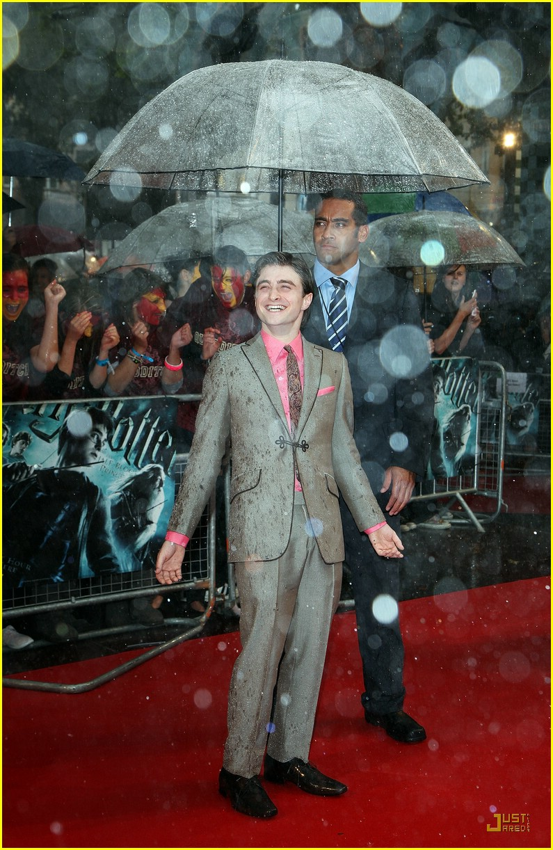 daniel radcliffe harry potter london 01