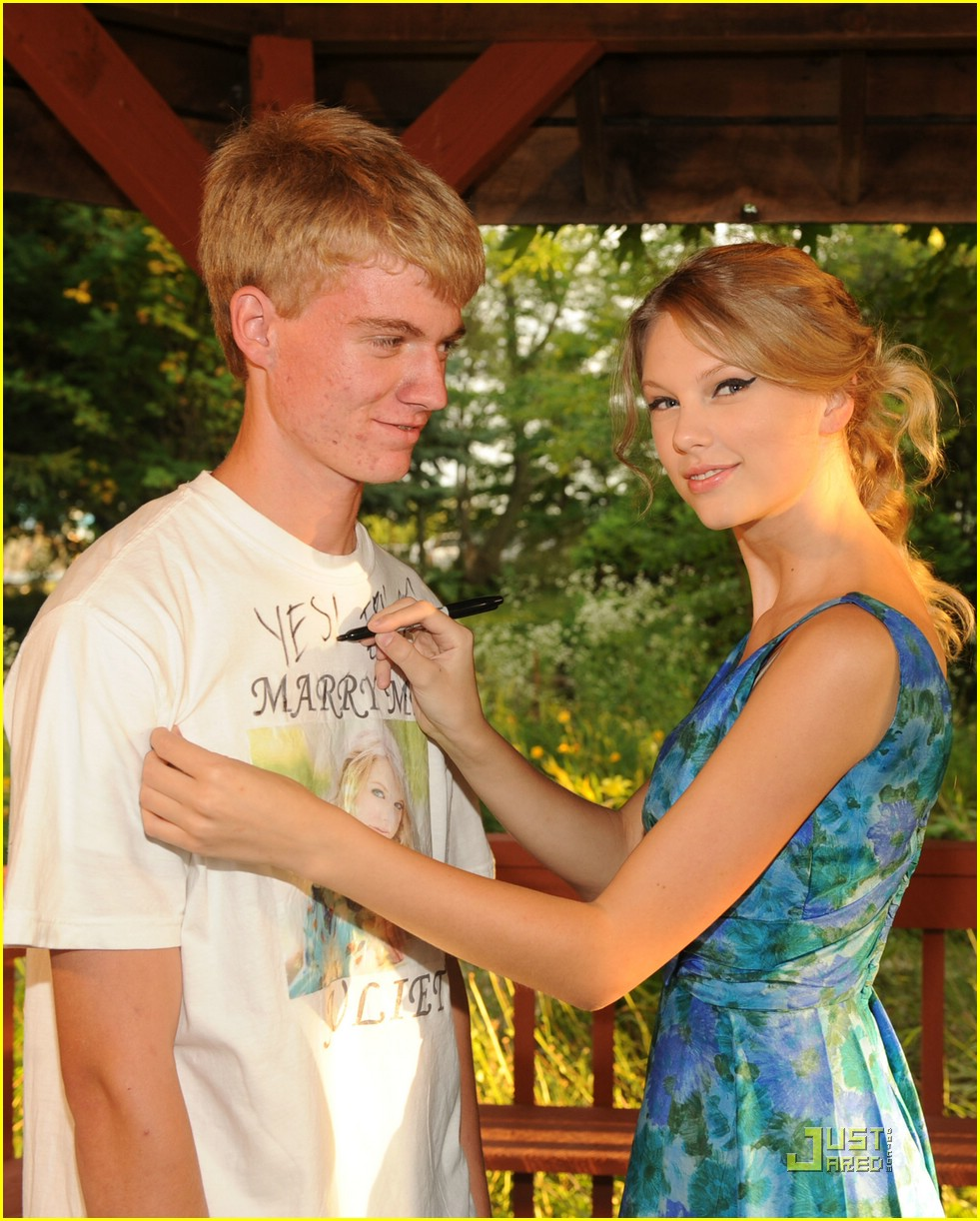 taylor swift marriage yes 19