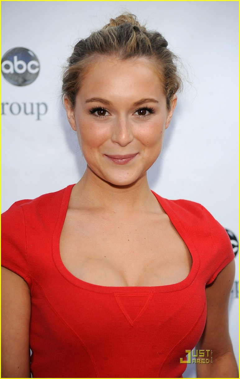 alexa vega ruby red 02