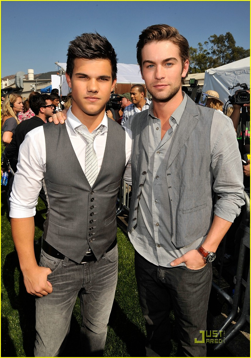 taylor lautner tca awards 02