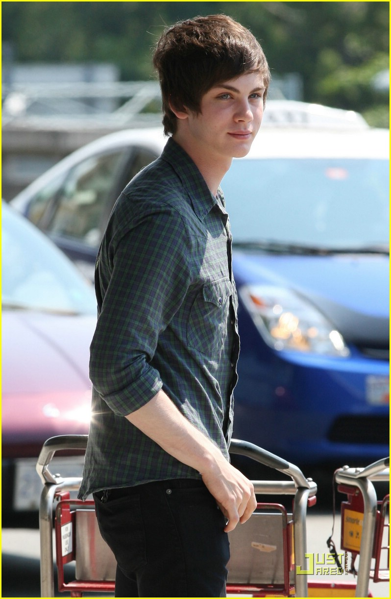 logan lerman percy jackson 04