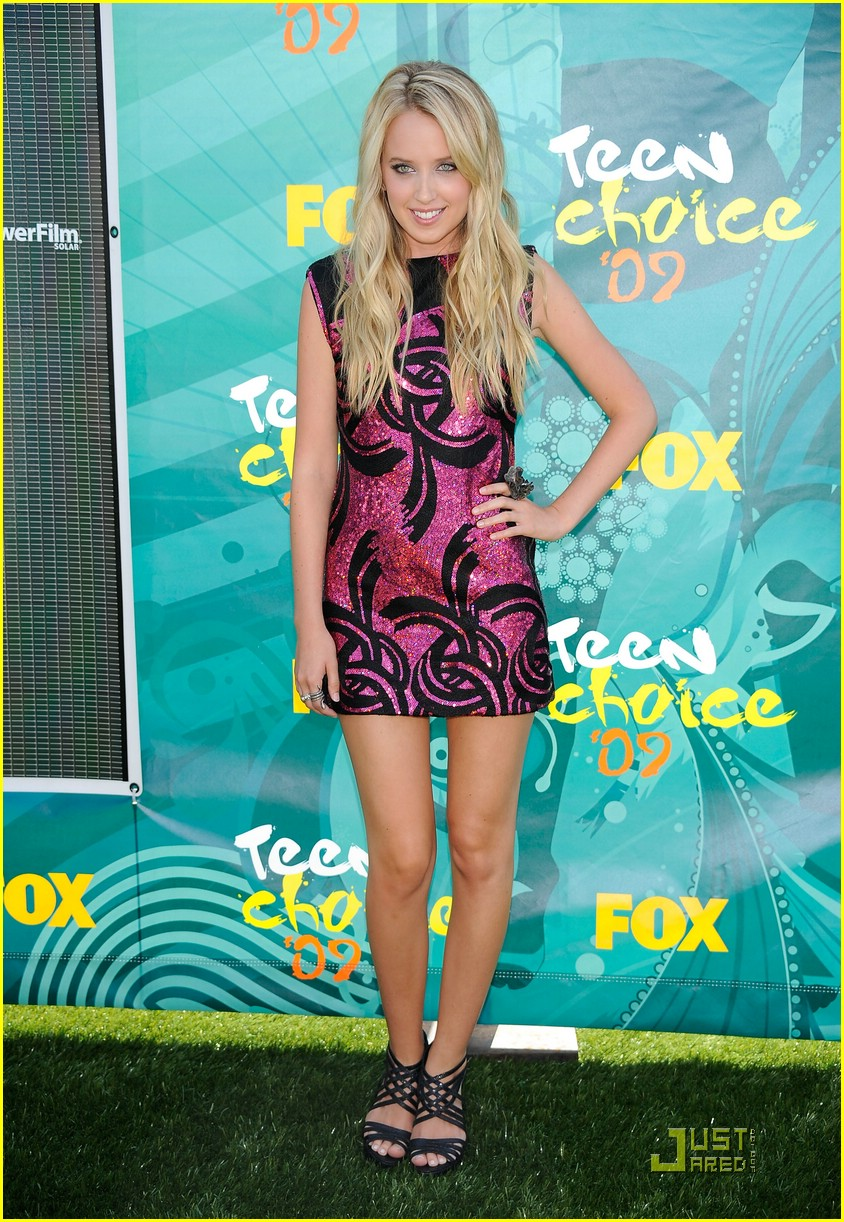 megan park tca awards 03