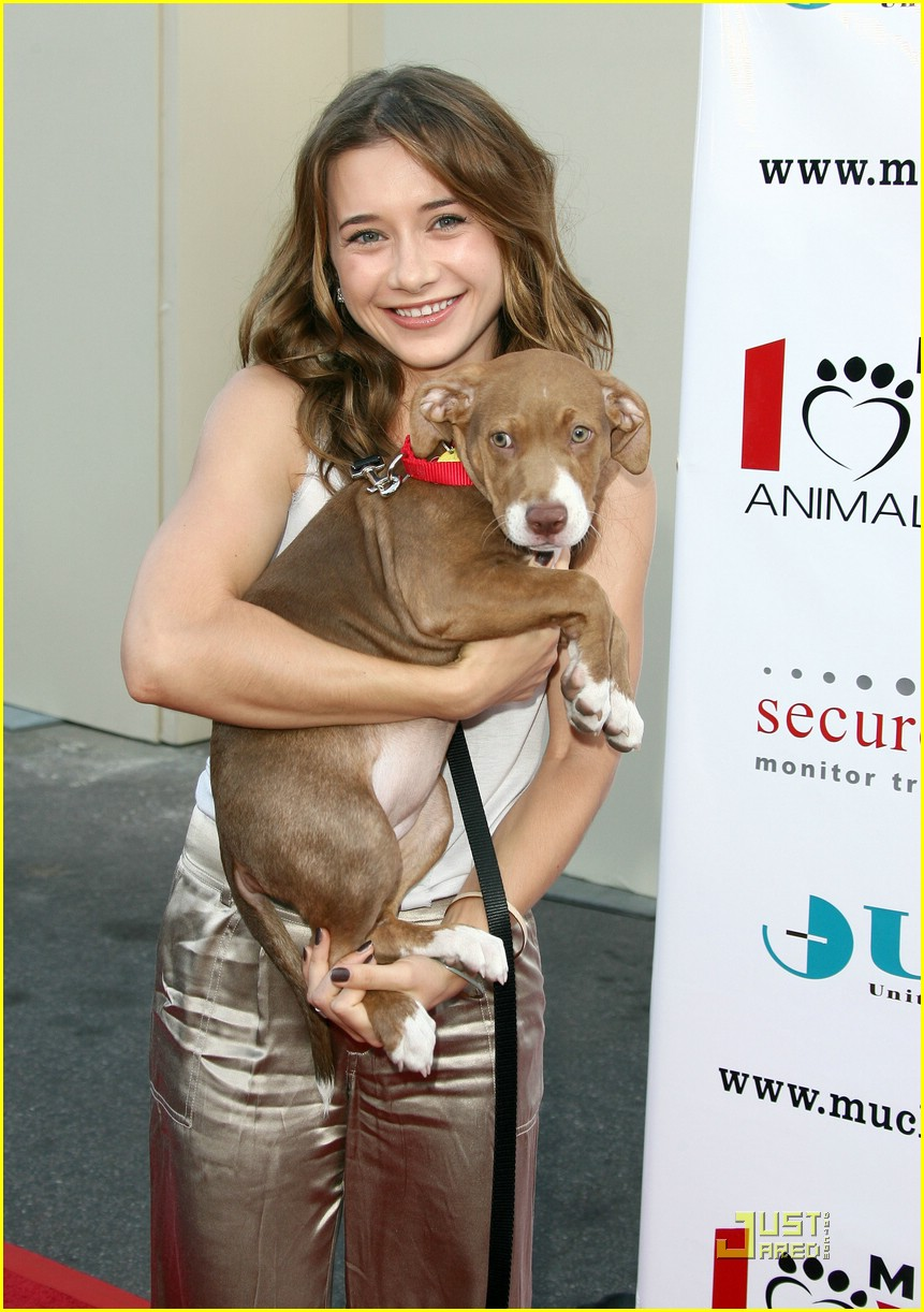 olesya rulin gold pants 03