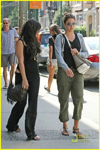 vanessa hudgens nikki reed vancouver 07